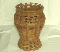 Ukuran/Dimensi Pot : Tinggi : 20 cm Diameter : 14 cm Tebal : 0,5 cm Berat : 450 gr